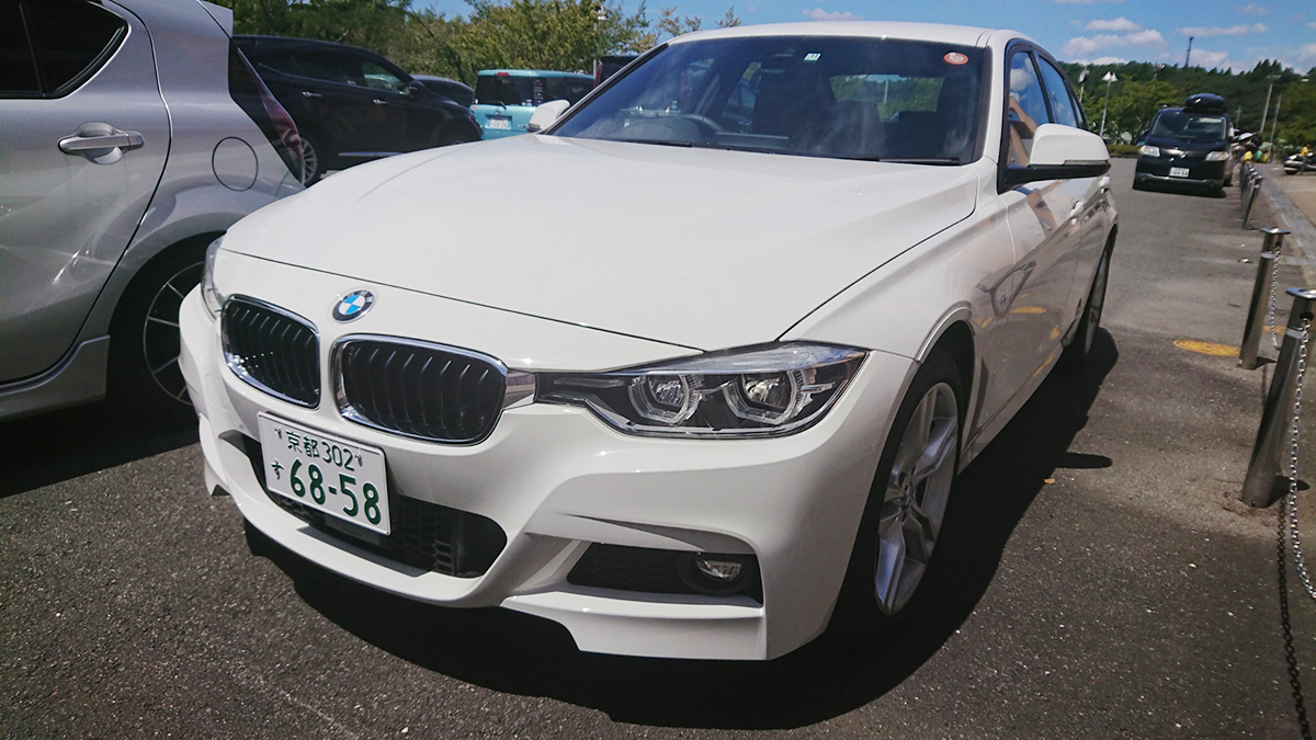 BMW320i M sport車体