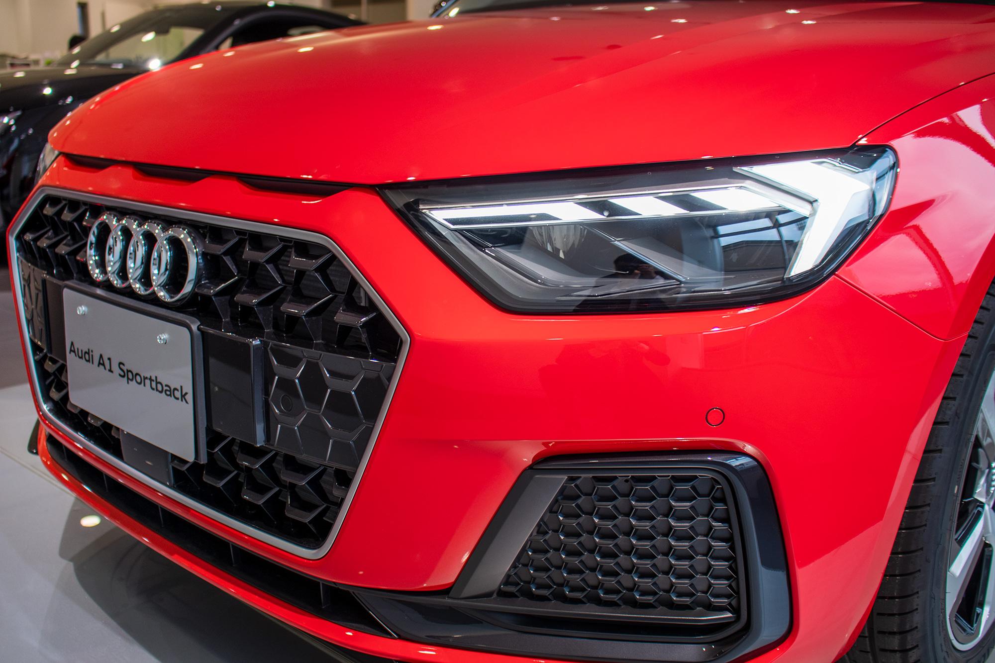 Audi A1 LEDヘッドライト