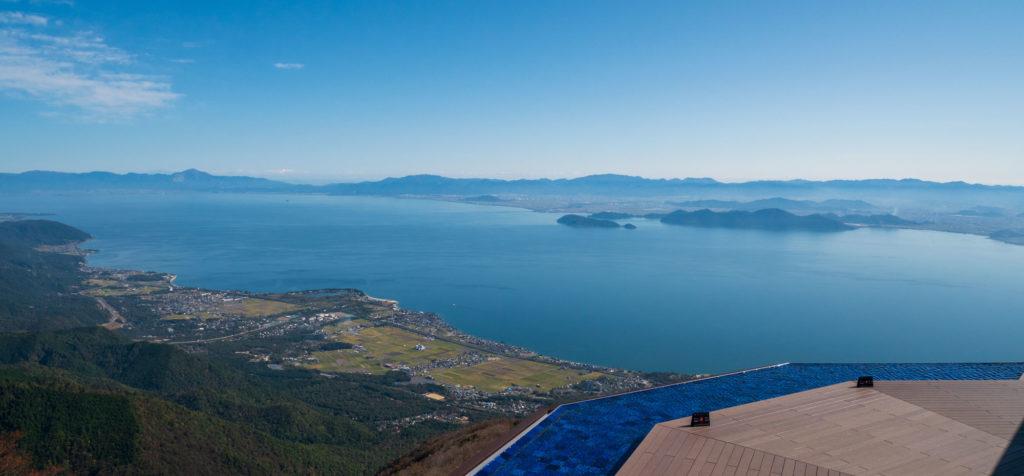 びわ湖バレイから見た沖島