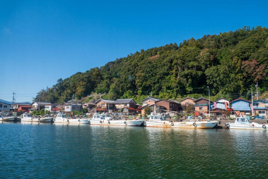 沖島漁港周辺の集落