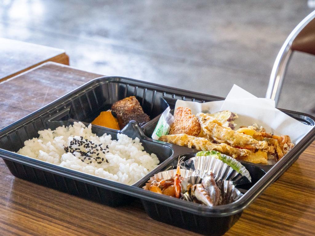 沖島漁業会館のお弁当