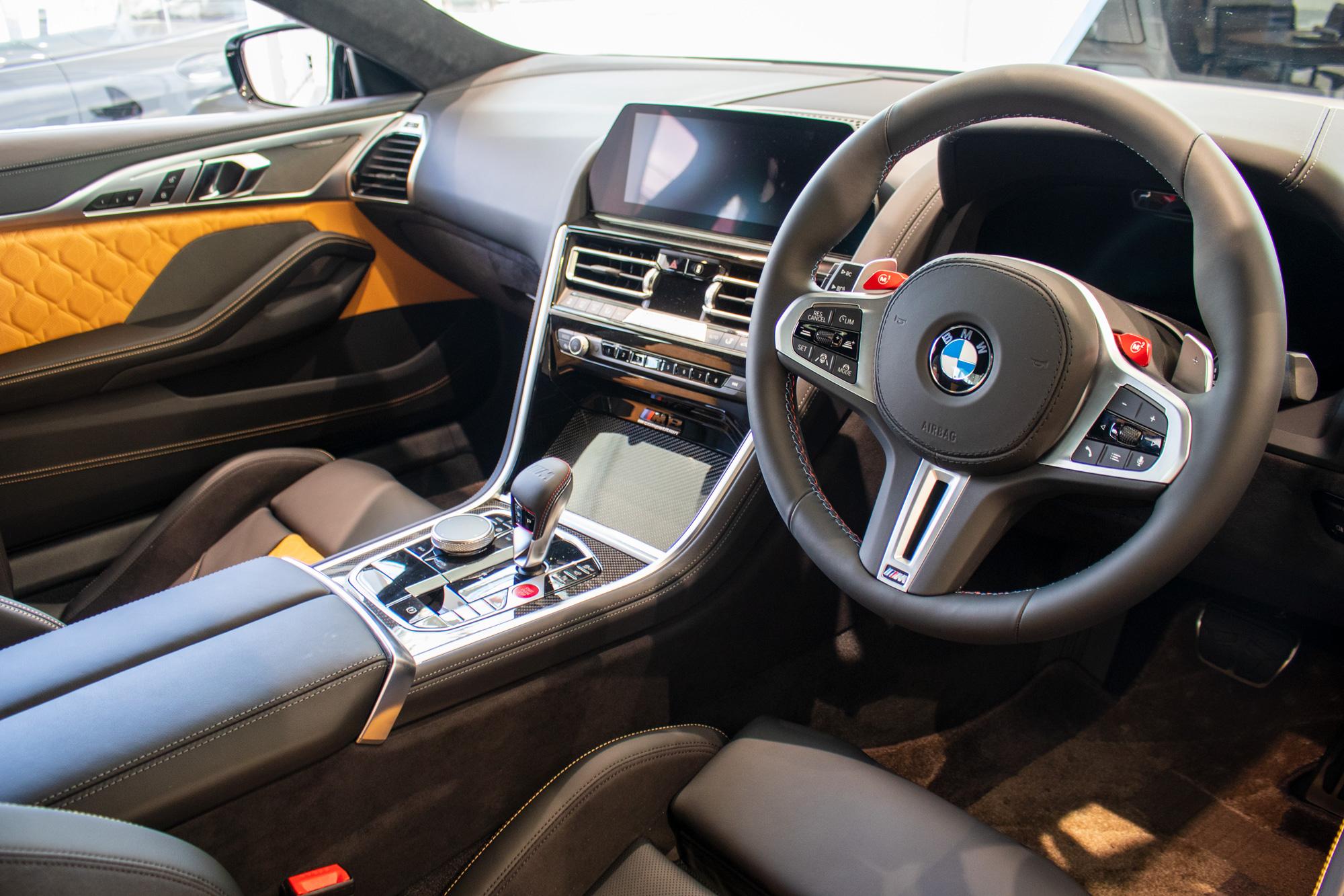BMW M8 Competition ダッシュボード