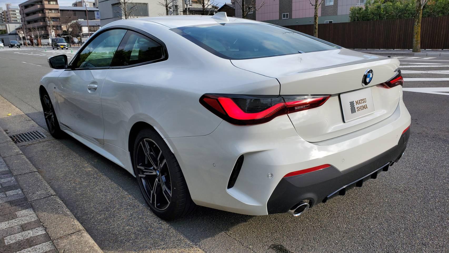 BMW 420i クーペ M Sport 流れるようなクーペーのライン