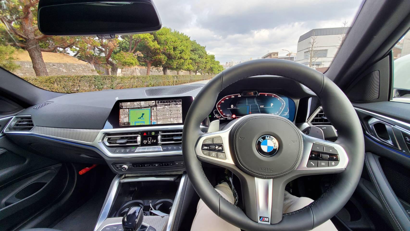 BMW 420i クーペ M Sport 室内