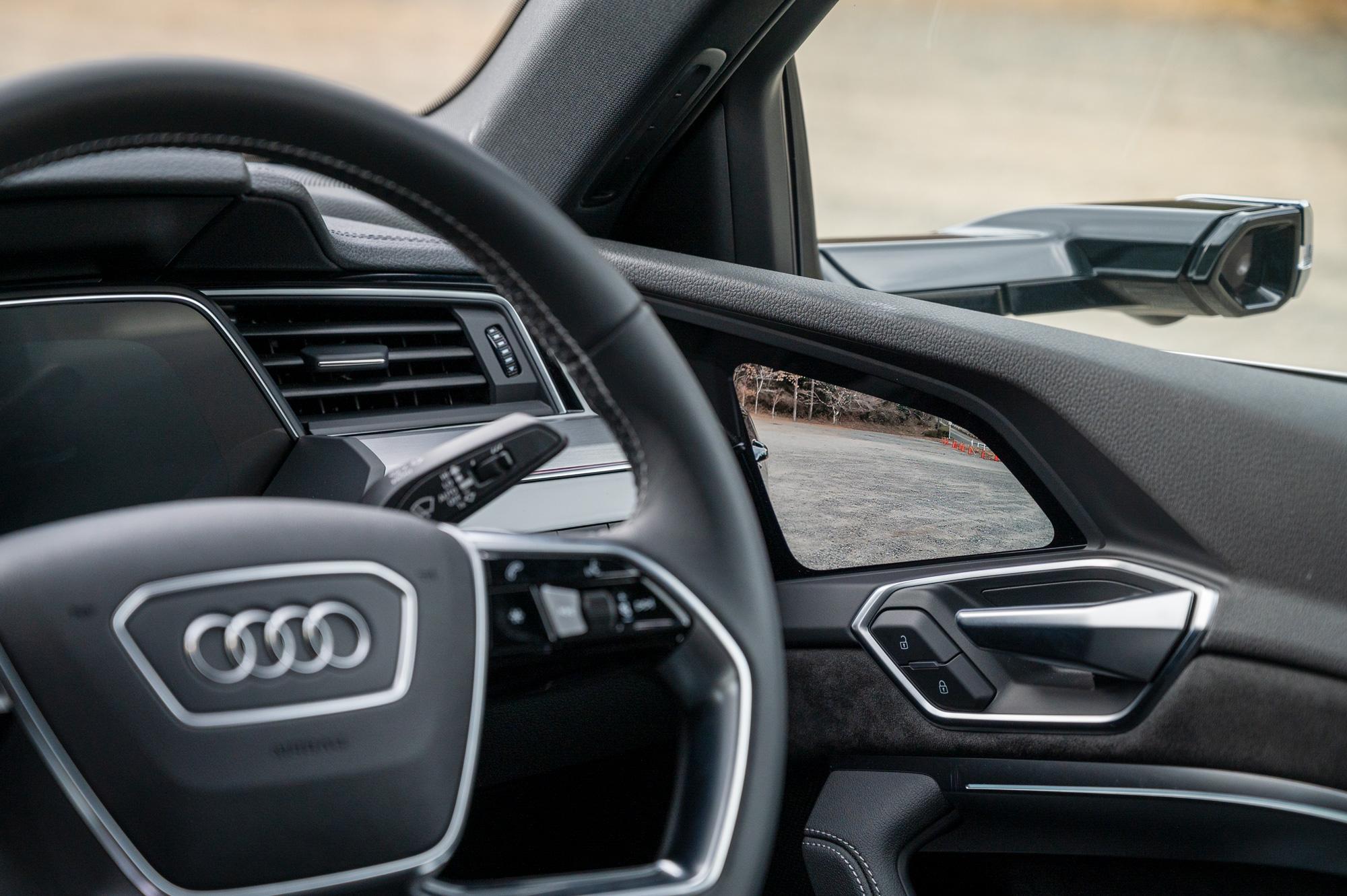 Audi e-tron バーチャルエクステリアミラー