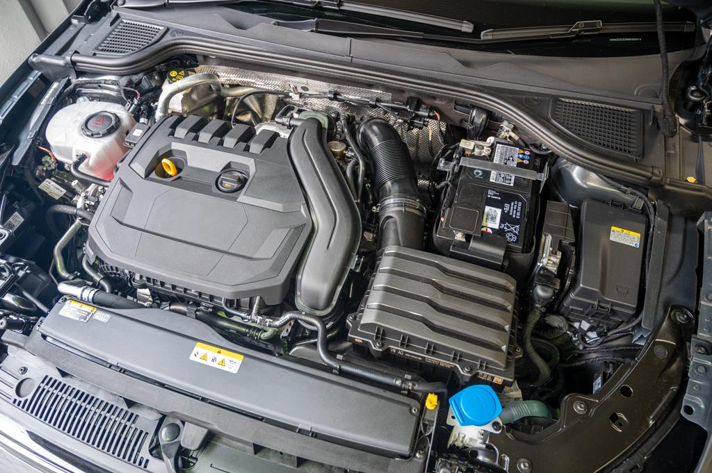 VW Golf8 1.5ℓのeTSIエンジン